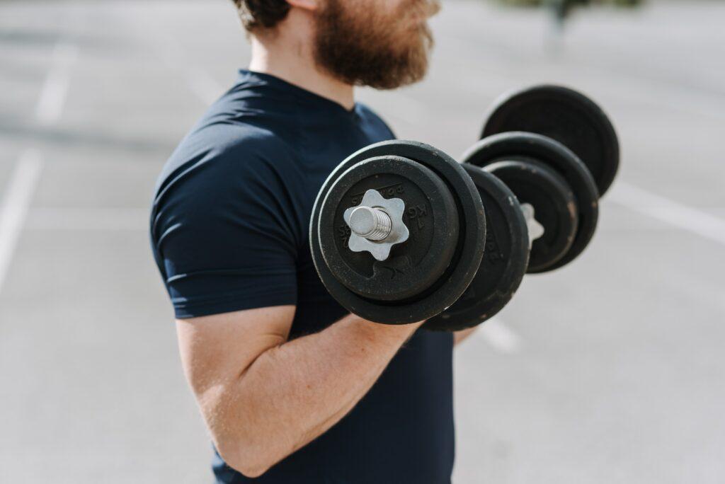 Ako vybudovať svalovú hmotu