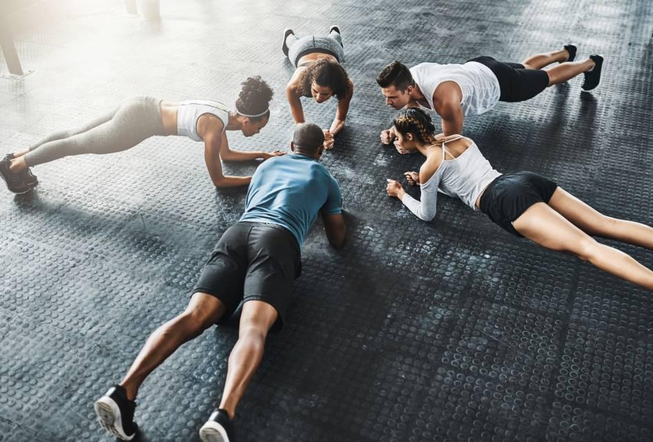 Cvičenie pre pevné brušné svaly