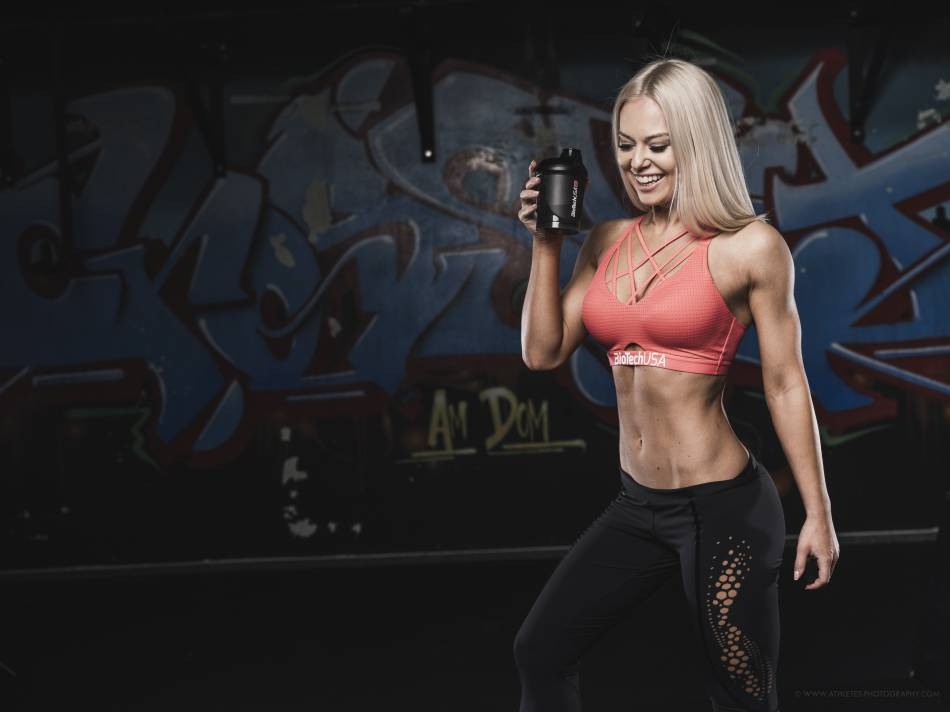 Cviky pre tvarované brušné svaly