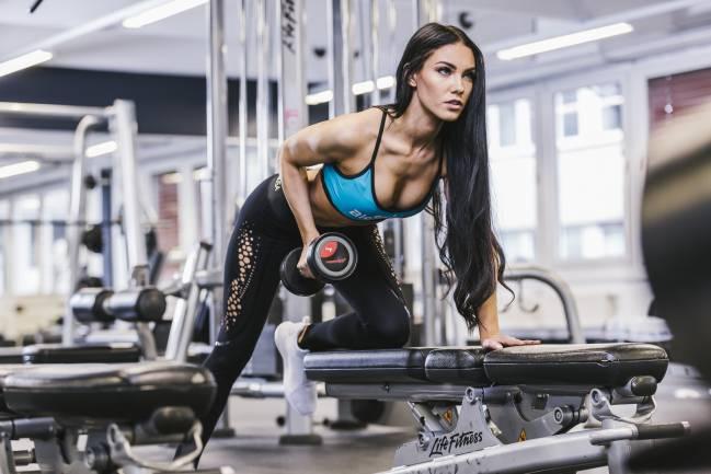 Tréningový plán na biceps a triceps pre každého