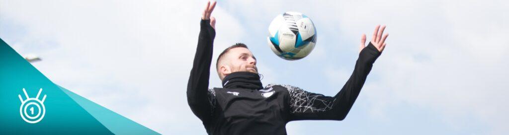 5 cvikov na rovnováhu, ktoré trénujú futbalisti
